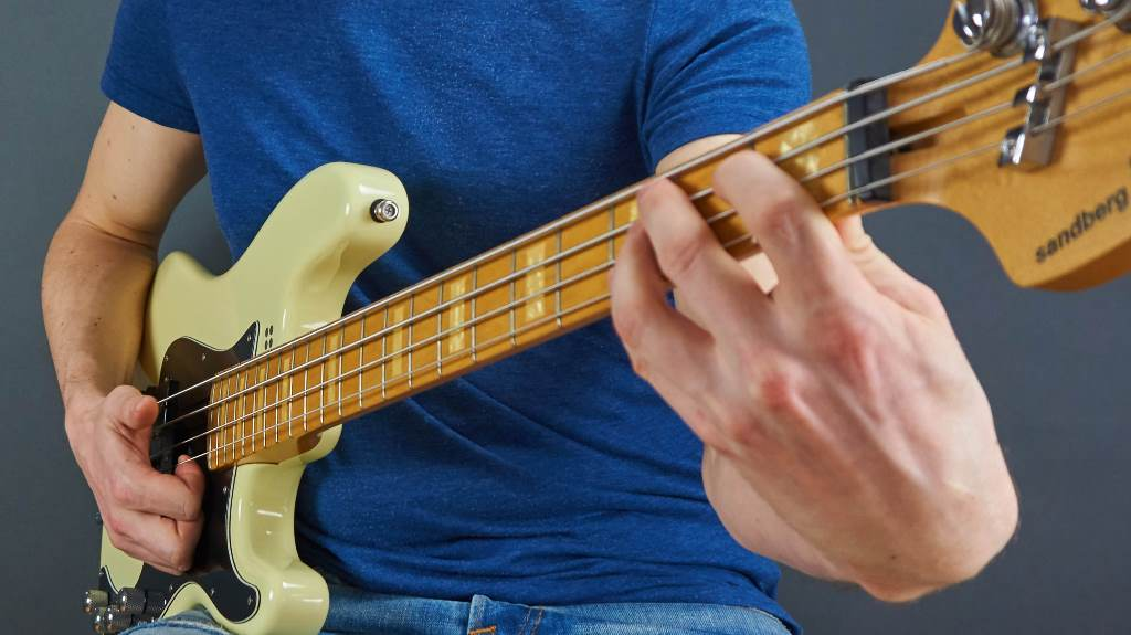 Bass lernen für Anfänger und Fortgeschrittene Plucking Popping