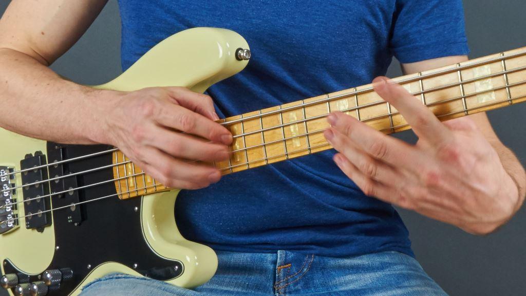 Bass lernen für Anfänger und Fortgeschrittene Tapping